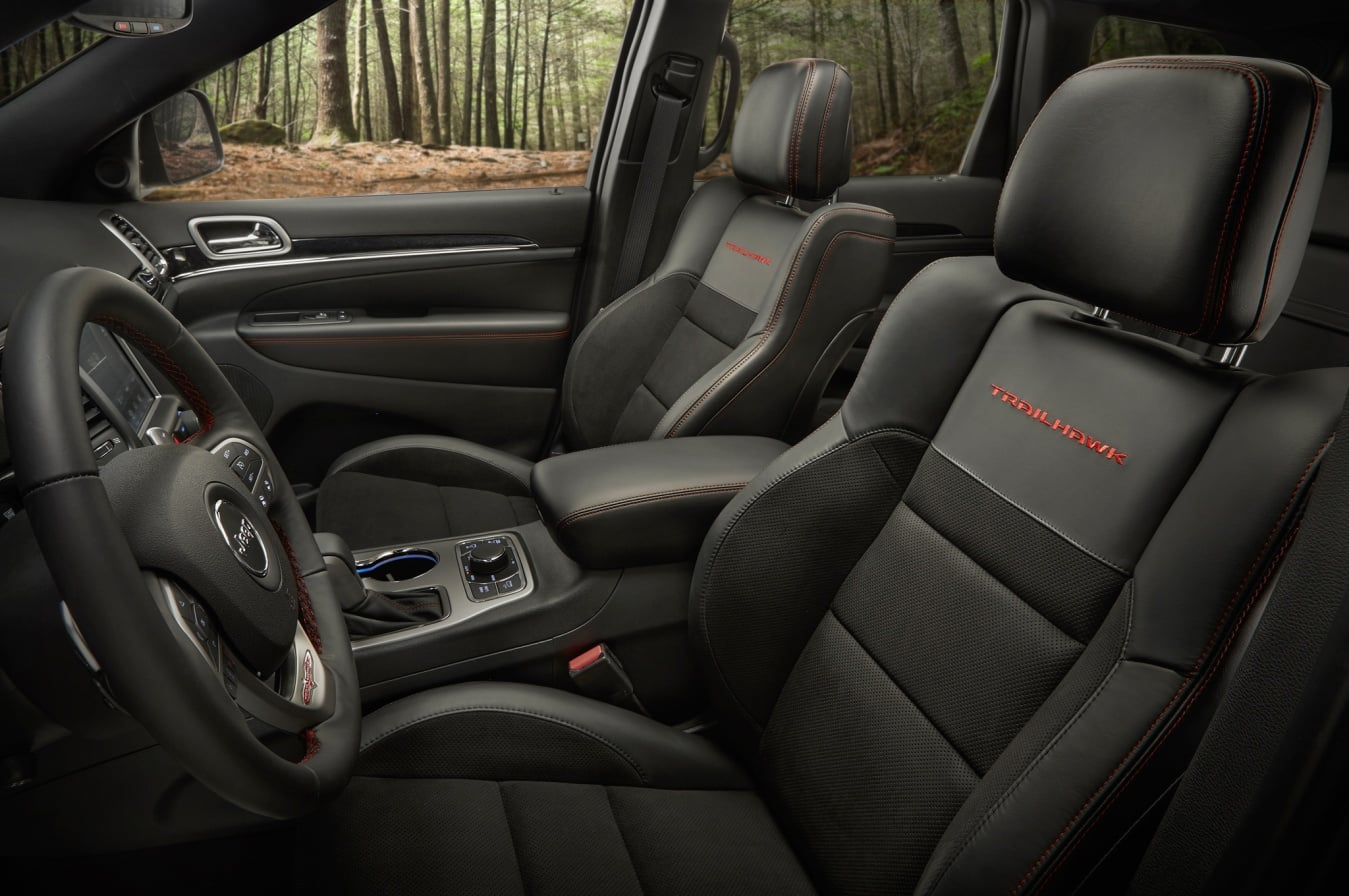 jeep-grand-cherokee-trailhawk-interior
