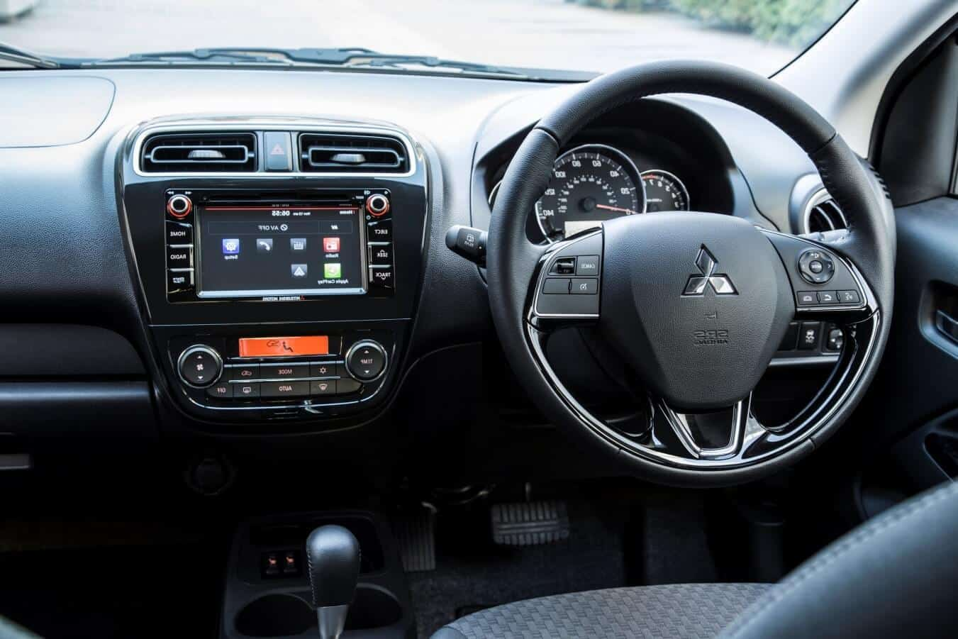 mitsubishi mirage 2017 interior